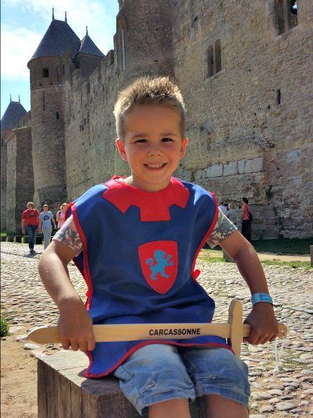 Ridder spelen in Carcassonne in Languedoc