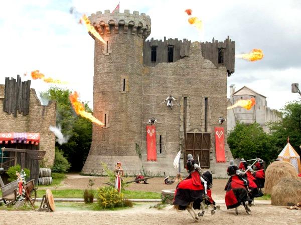 De Riddershow bij Puy du Fou