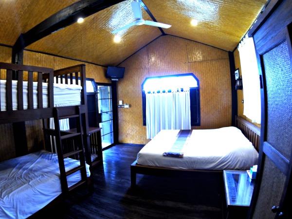 De bedden in de bungalow