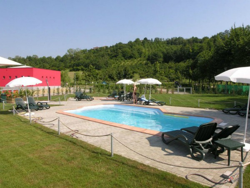 Zwembad bij Camping Village Alba