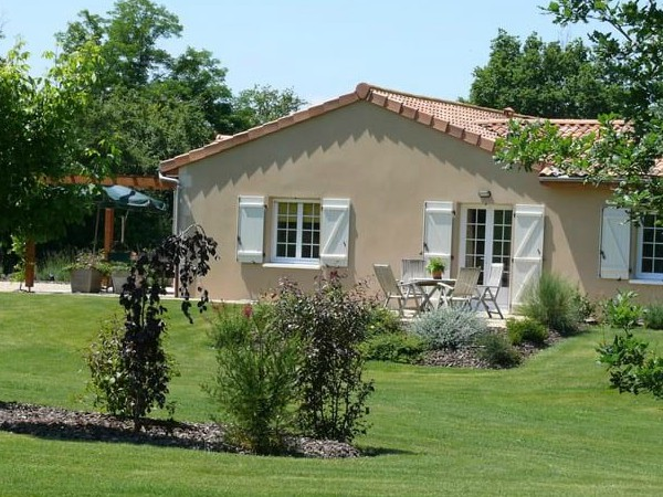 Vakantiewoning bij Bourg Est