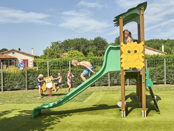 Speeltuin bij Domaine Les Forges