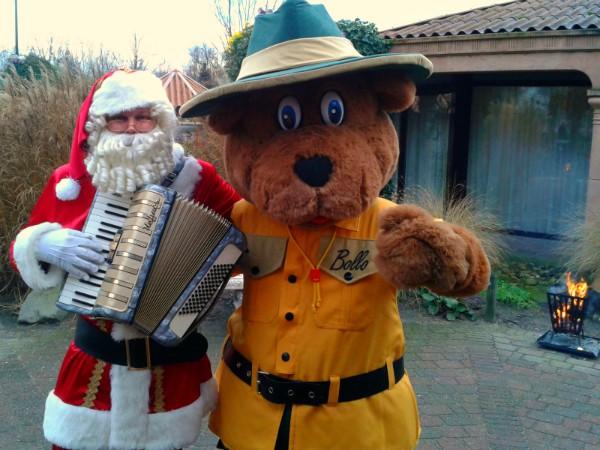 Bollo verwelkomt de kerstman