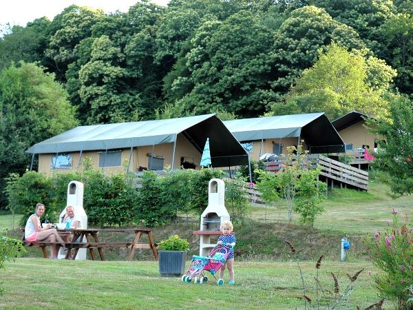 Lodge tenten bij Morvan Rustique