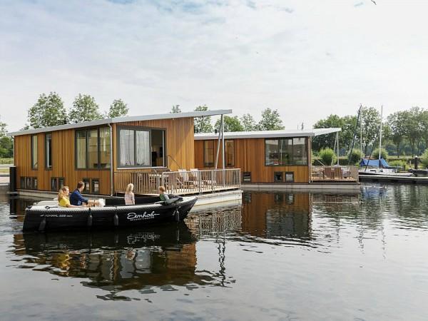 Uniek slapen op een woonboot bij Center Parcs De Eemhof