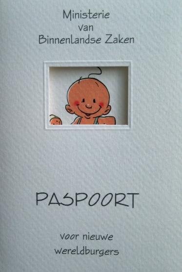 Tegenwoordig heb je ook een ECHT paspoort voor ieder kind nodig
