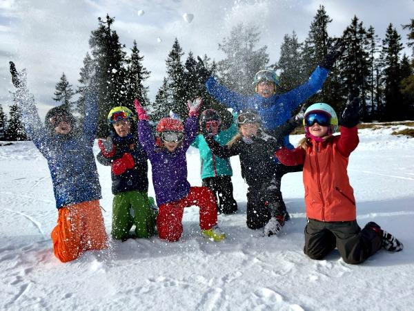 Een groepsreis in de sneeuw is dolle pret!