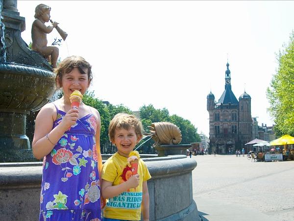 Een lekker ijsje eten in Deventer