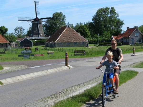 Op de fiets verder naar het Oosten van Terschelling