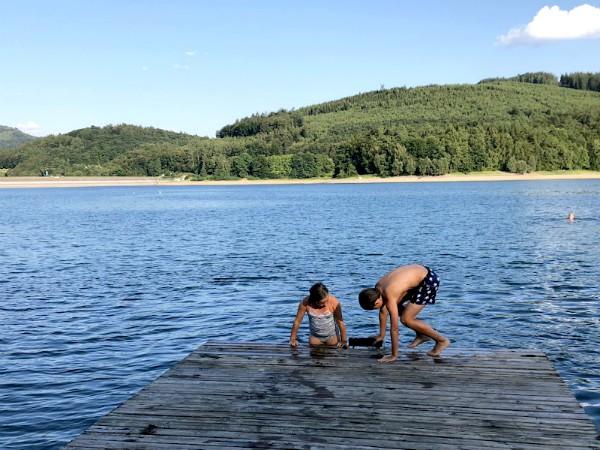 Lekker zwemmen in de Hennesee