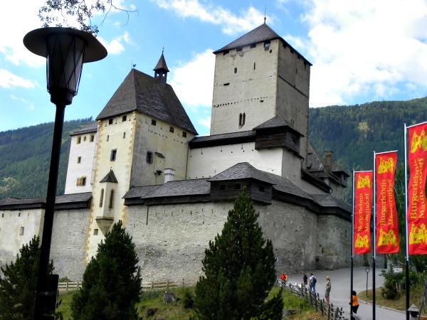 Kasteel Mauterndorf in de Lungau, Salzburgerland