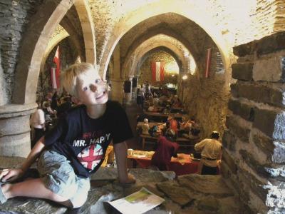Tycho poseert in de kelders van kasteel Vianden