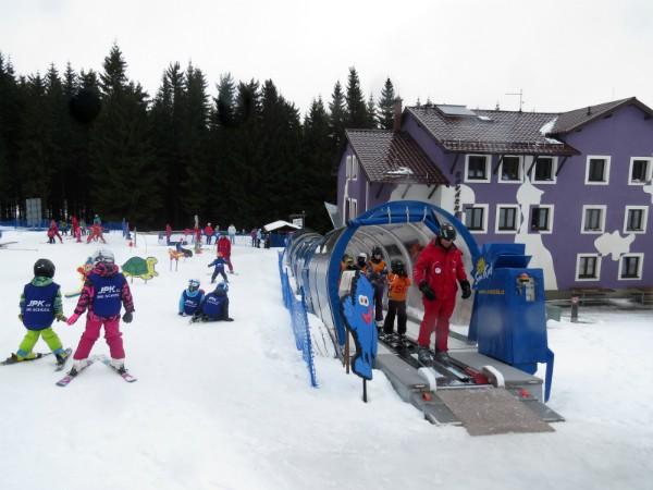 De kinderhelling in Klinovec, Tsjechië