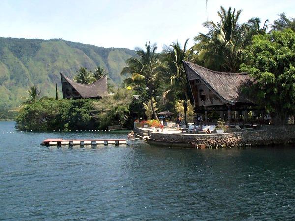 Prachtige plekjes aan kratermeer Lake Toba