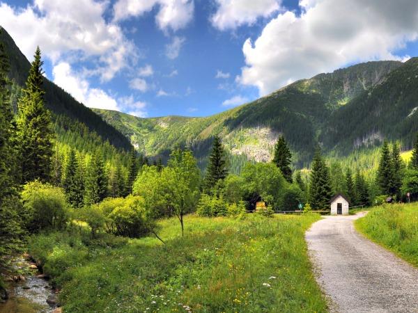 Het prachtige reuzengebergte in Tsjechië