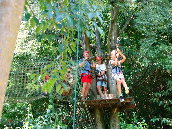 Zipline in Rimbalzello Adventure parc