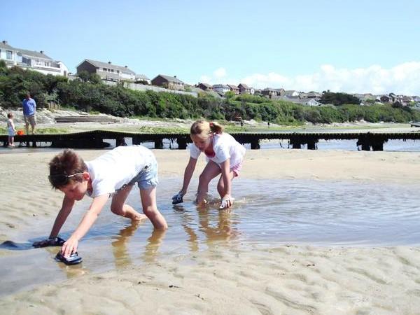 Lekker spelen op het strand van Engeland
