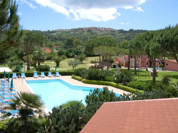 zwembad van agriturismo Piano di Mola op Elba