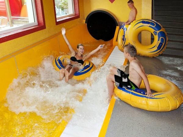 Waterglijbaan bij hotel Alpenhof in Tirol