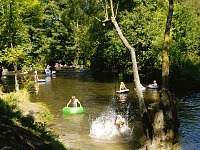 Lekker spelen in de rivier l'Homme