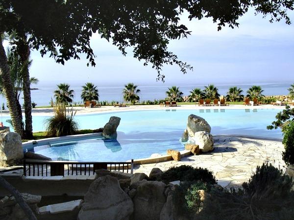 Uitzicht op Coral Bay, Paphos