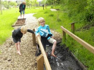 Leuk: het Blote Voeten Park