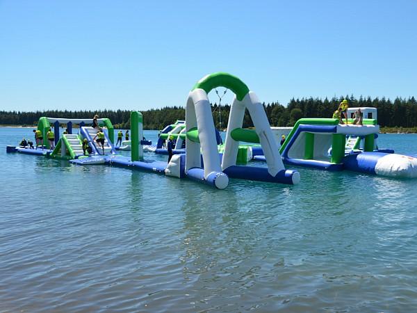 Mega veel waterplezier bij het Adventurepark op Camping De Lente van Drenthe