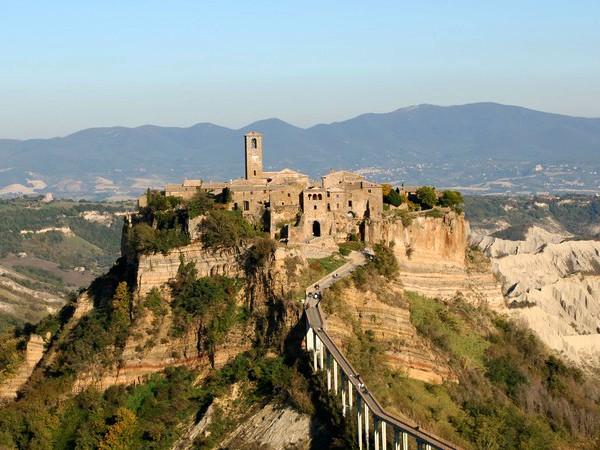 Het prachtige dorp Civita di Bagnoregio