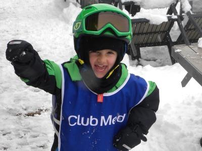 Kinderpret in de sneeuw bij Club Med