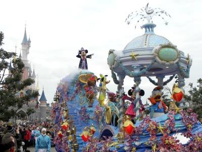 De Parade in Disneyland Parijs