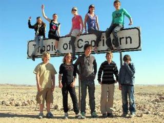 Met andere tieners de wereld ontdekken