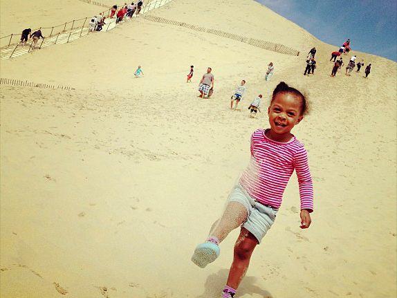 Spelen op de Dune du Pyla