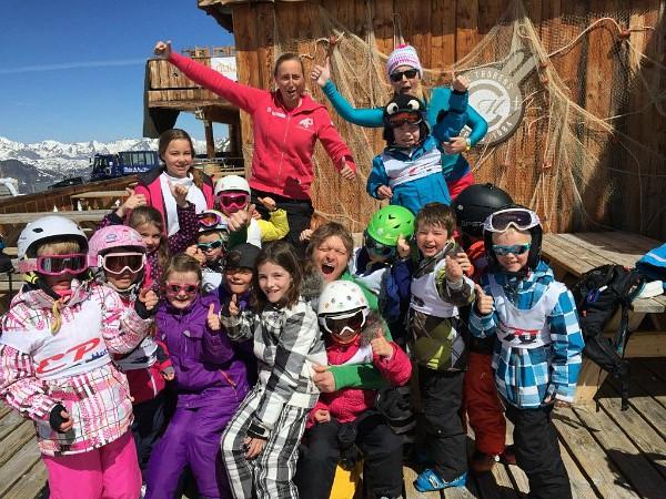 Dutchweek kinderen van de skiklas op de foto