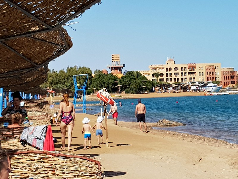 Het strand bij het Sheraton Miramar Resort