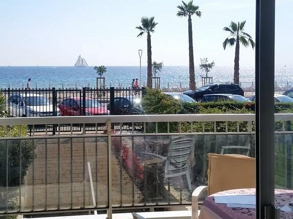 Uitzicht vanuit een appartement van Residence de Cannes