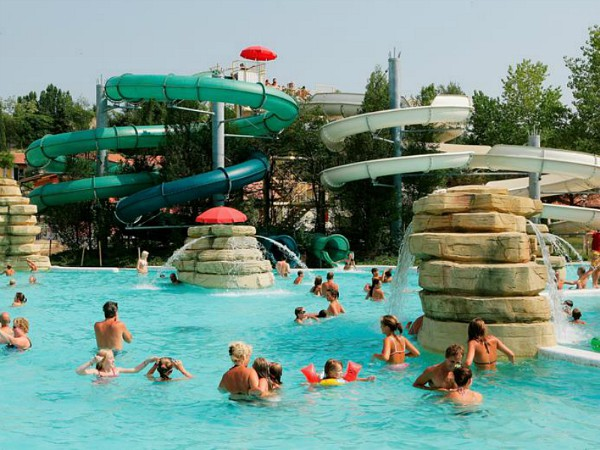 Zwembad Camping Piani di Clodia