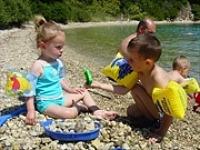 Op het strand van Corfu