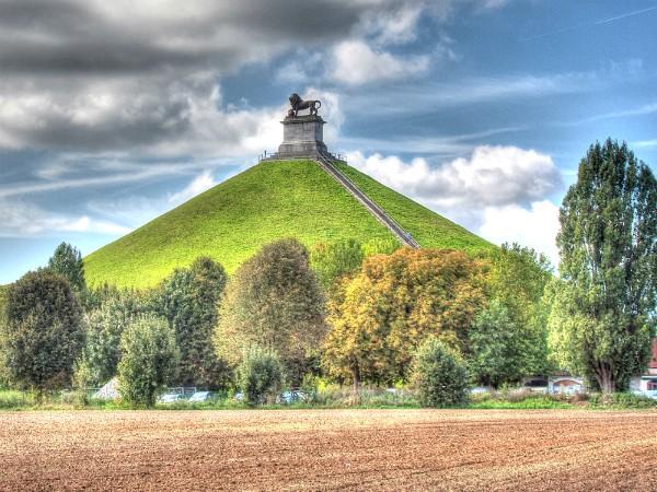 De heuvel met de leeuw in Waterloo