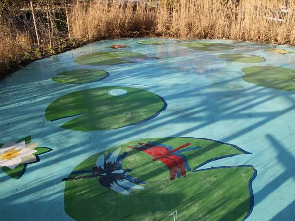 Hinkelspel in de Extraordinary Gardens van Villages Nature