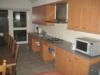 De keuken in de aangepaste woning bij Hoeve Heikant