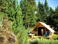 In de Pyreneeën verblijf je in een mooi ingerichte tent
