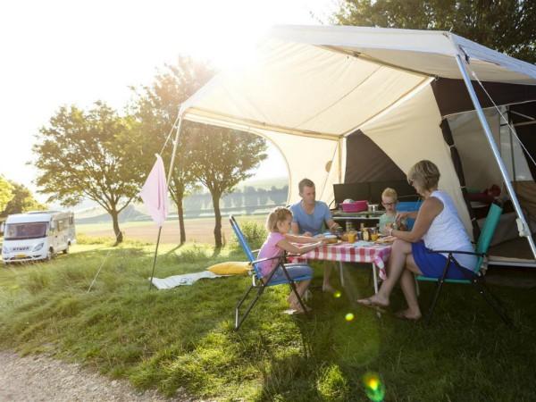 Kamperen met een prachtig uitzicht bij Camping Gulperberg