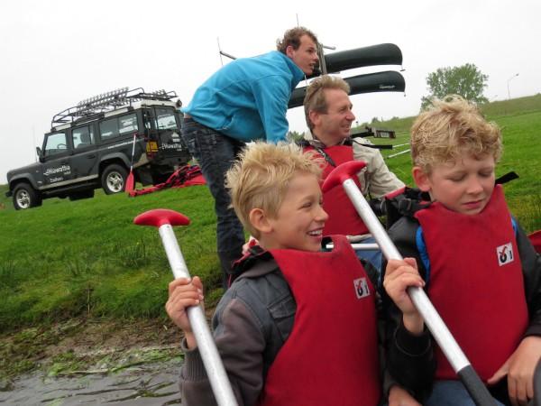 Grote pret als we gaan kanoën over de Overijsselse Vecht