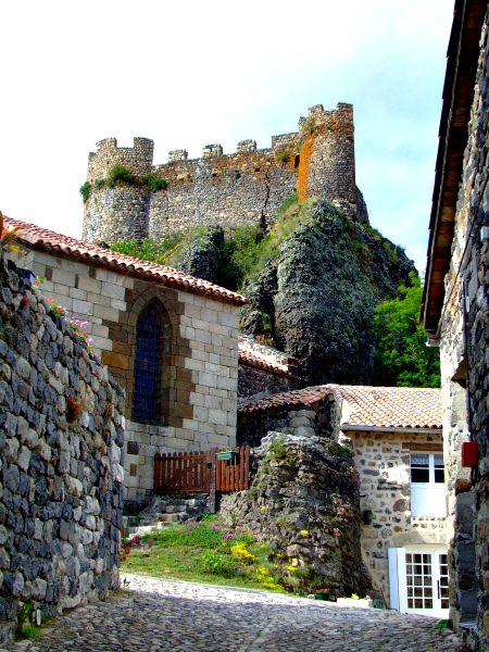 Het kasteel in Arlempdes