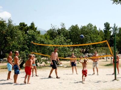 Volleybal op het strand