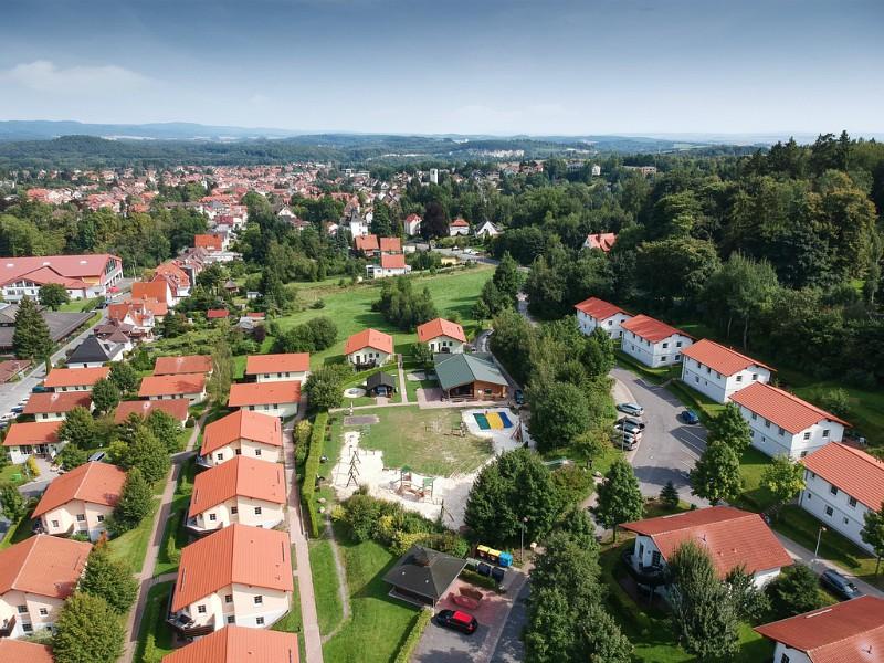 luchtfoto van Landal park Salztal Paradies