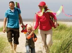landal gezin op het strand
