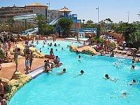 Zwembad bij Camping Mar Estang