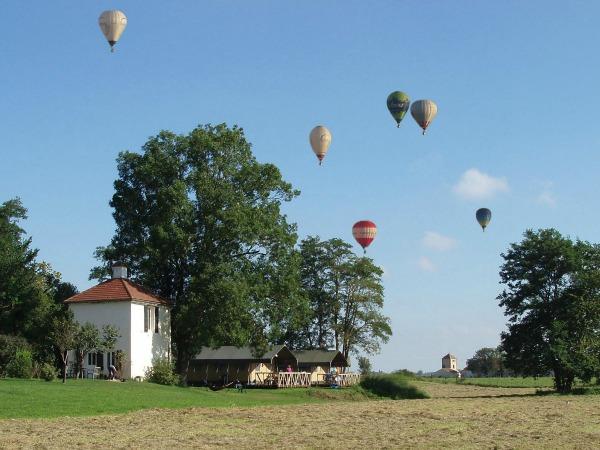 luchtbalonnen boven domaine Les Gandins