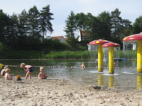 Het zwemstrandje bij Hogenboom Vakantiepark in Arcen